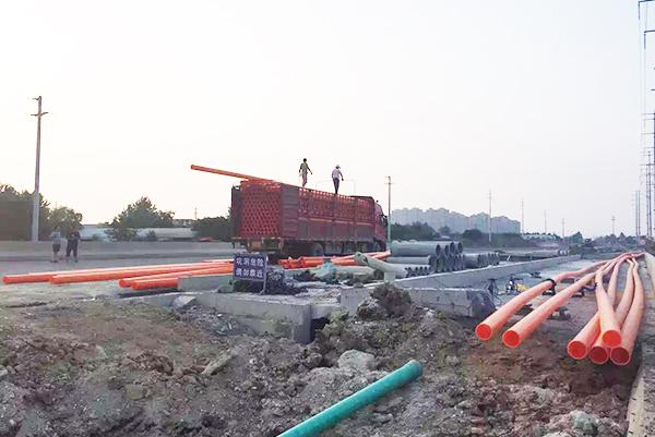 合肥北城区泉河路、规划支路一及石弓山路道路施工工程.jpg